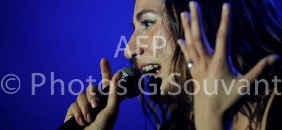 Izia en concert